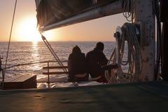 Sonnenuntergang durch Boot Lizenzfreies Stockbild
