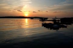 Sonnenuntergang durch das Kelongs stockfotografie