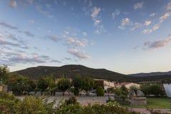 Sonnenuntergang in einem Dorf Lizenzfreie Stockfotos
