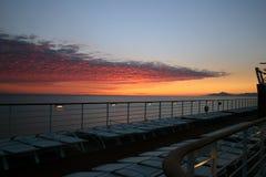 Sonnenuntergang in einem Reiseflug Stockbild