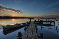 Sonnenuntergang an einem See Lizenzfreies Stockbild