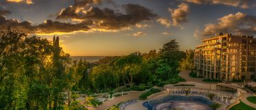 Sonnenuntergang entlang der Küste des Schwarzen Meers stockbild