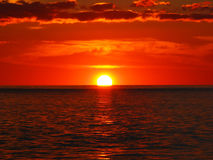 Sonnenuntergang in Fluss 6 Lizenzfreie Stockfotos