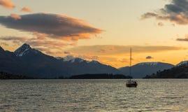 Sonnenuntergang an frankton Strand lizenzfreie stockfotografie