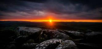 Sonnenuntergang-Höchstbezirk lizenzfreies stockbild
