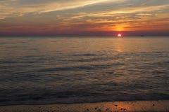 Sonnenuntergang an Higbee-Strand Lizenzfreie Stockfotos