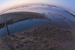 Sonnenuntergang in Hong Kong entlang der Küste Lizenzfreie Stockbilder