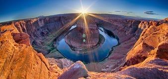 Sonnenuntergang am Hufeisenband - Grand Canyon Stockbilder