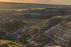 Sonnenuntergang im binnenländischen provinziellen Park nahe Drumheller, Alberta, Kanada Stockbild