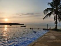 Sonnenuntergang im Golf von Thailand Stockfotos