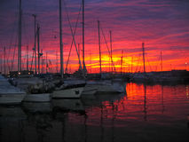 Sonnenuntergang im Hafen Lizenzfreie Stockbilder