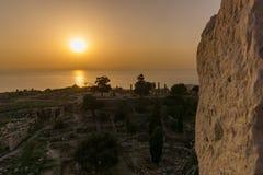 Sonnenuntergang im Libanon, wie von einem Kreuzfahrerschloss gesehen lizenzfreies stockfoto
