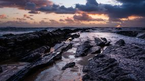 Sonnenuntergang im Meer von Figueira Stockbilder