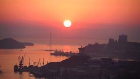 Sonnenuntergang im Vladivostokcity stock footage