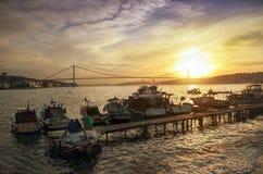 Sonnenuntergang-Küste Istanbuls Bosphorus Stockfotografie