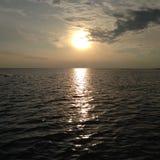 Sonnenuntergang am kepulawan seribu Indonesien Lizenzfreie Stockfotos
