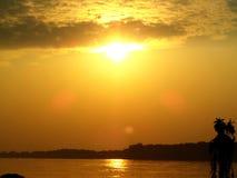 Sonnenuntergang in Khong-Fluss stockfotos
