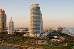 Sonnenuntergang-Kontrolltürme in Miami Stockfotos