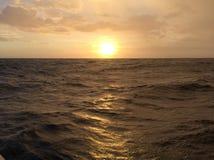 Sonnenuntergang-Kreuzfahrt in Palawan Lizenzfreie Stockbilder