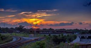 Sonnenuntergang-Kreuzung Stockfotografie