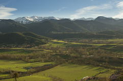 Sonnenuntergang-Landschaft der katalanischen Pyrenäen, Cerdanya, Girona, Spanien stockbild