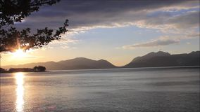 Sonnenuntergang in Loch Linnhe Argyll und hochgebogene Hinterkante, Schottland, Großbritannien stock footage
