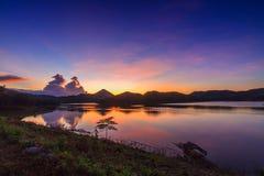 Sonnenuntergang am loie Lizenzfreie Stockbilder