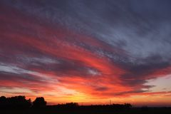 Sonnenuntergang in Maremma lizenzfreies stockfoto