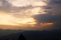 Sonnenuntergang in Medellin, Kolumbien lizenzfreies stockbild