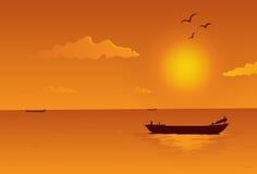 Sonnenuntergang in Meer Lizenzfreies Stockbild
