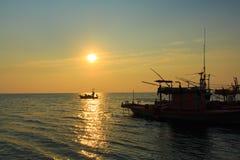 Sonnenuntergang in Meer, Stockfoto