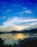 Sonnenuntergang mit cluds Lizenzfreies Stockfoto