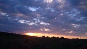Sonnenuntergang mit Wolken in SÜDAFRIKA lizenzfreies stockbild