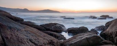 Sonnenuntergang in Muxia lizenzfreies stockbild