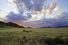 Sonnenuntergang in Namibia Lizenzfreies Stockfoto