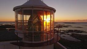 Sonnenuntergang in Norwegen Leuchtturm, Seeansicht norwegen stock video footage