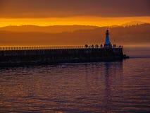 Sonnenuntergang am Ogden Point-Wellenbrecher, Victoria BC Lizenzfreie Stockfotos