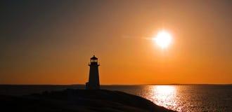 Sonnenuntergang Peggy am Bucht-Leuchtturm lizenzfreies stockfoto