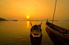 Sonnenuntergang in Phangnga Lizenzfreie Stockfotos