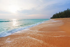 Sonnenuntergang in Phuket Lizenzfreie Stockfotos