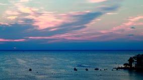 Sonnenuntergang am Pier Stockfotos