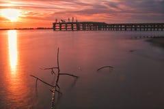Sonnenuntergang am Pier Stockfotografie