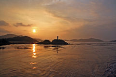 Sonnenuntergang in putuo Insel Lizenzfreie Stockfotos