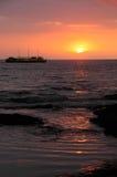 Sonnenuntergang-Reiseflug lizenzfreie stockfotos