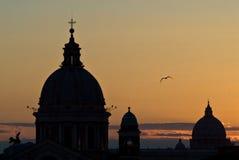 Sonnenuntergang-Rom-Skyline Lizenzfreies Stockbild