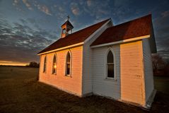 Sonnenuntergang-Saskatchewan-Kirche Stockfotografie