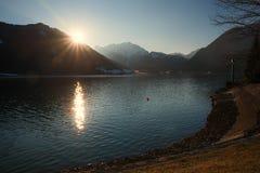 Sonnenuntergang an See achensee Lizenzfreie Stockfotos