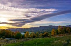 Sonnenuntergang Slanic Prahova stockfotografie