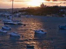 Sonnenuntergang in Sliema auf der Insel von Malta Europa lizenzfreie stockfotografie