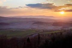 Sonnenuntergang in Toskana lizenzfreies stockbild